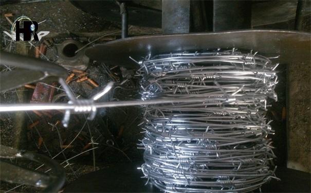 镀锌刺绳防护网在海边的防腐性能实验